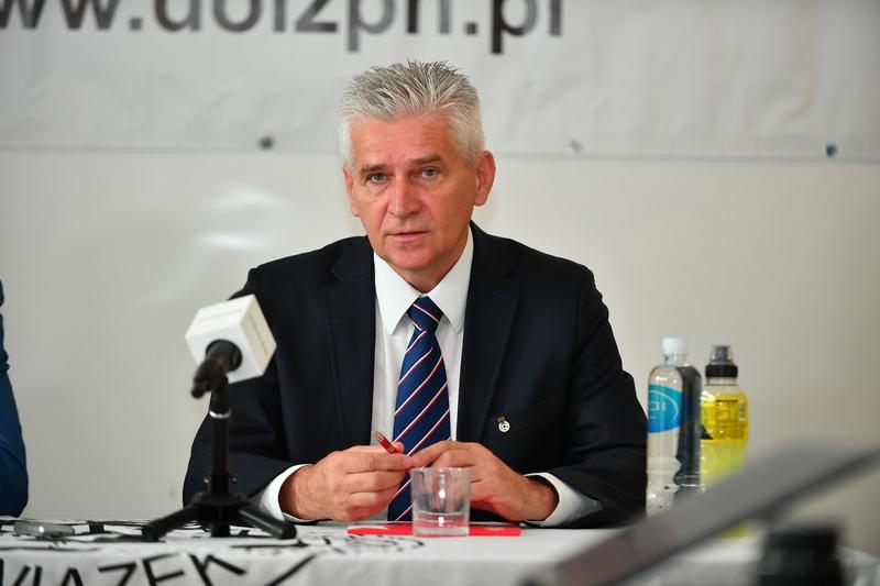 Padewski: Musimy ułatwić funkcjonowanie małym klubom