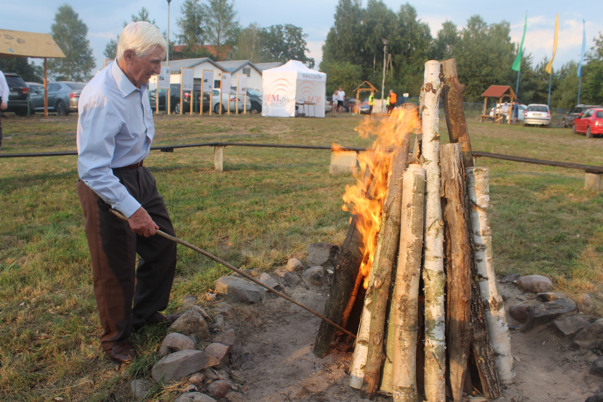 W Michałowie zapłonęła watra (FOTO, WIDEO)