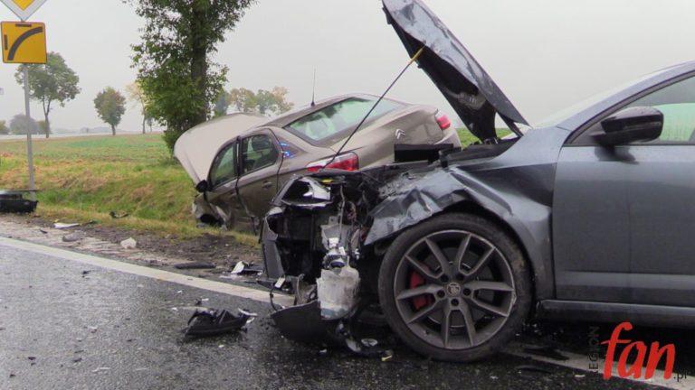 Zderzenie trzech aut pod Mysłowem (FOTO, WIDEO)