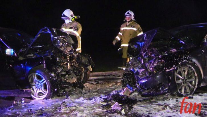 Czołowe zderzenie pojazdów pod Jaworem. 20-letni kierowca nie przeżył (WIDEO)