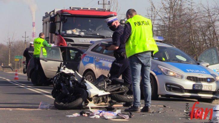 Zderzenie na DW364, poszkodowana motocyklistka (FOTO, WIDEO)