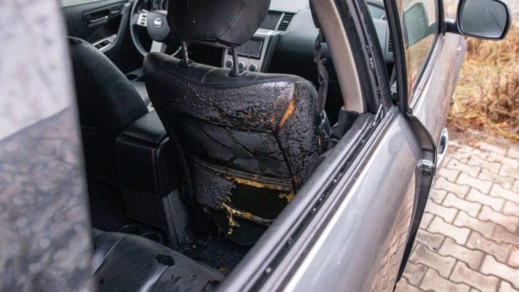 Nocny pożar aut. W jednym znaleziono pojemnik, który mógł posłużyć podpalaczowi