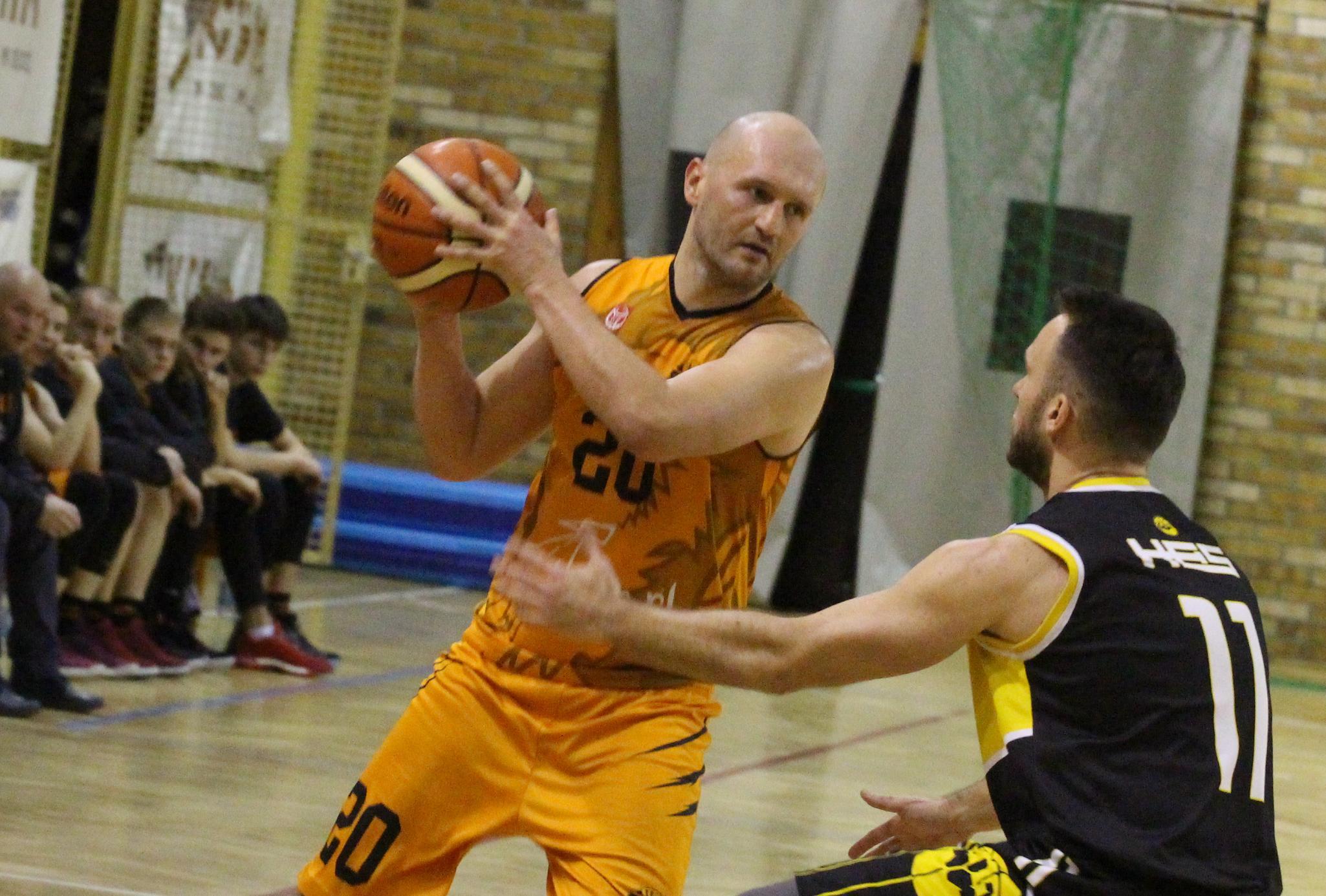 Koszykarze SMK podejmą Kobierzyce