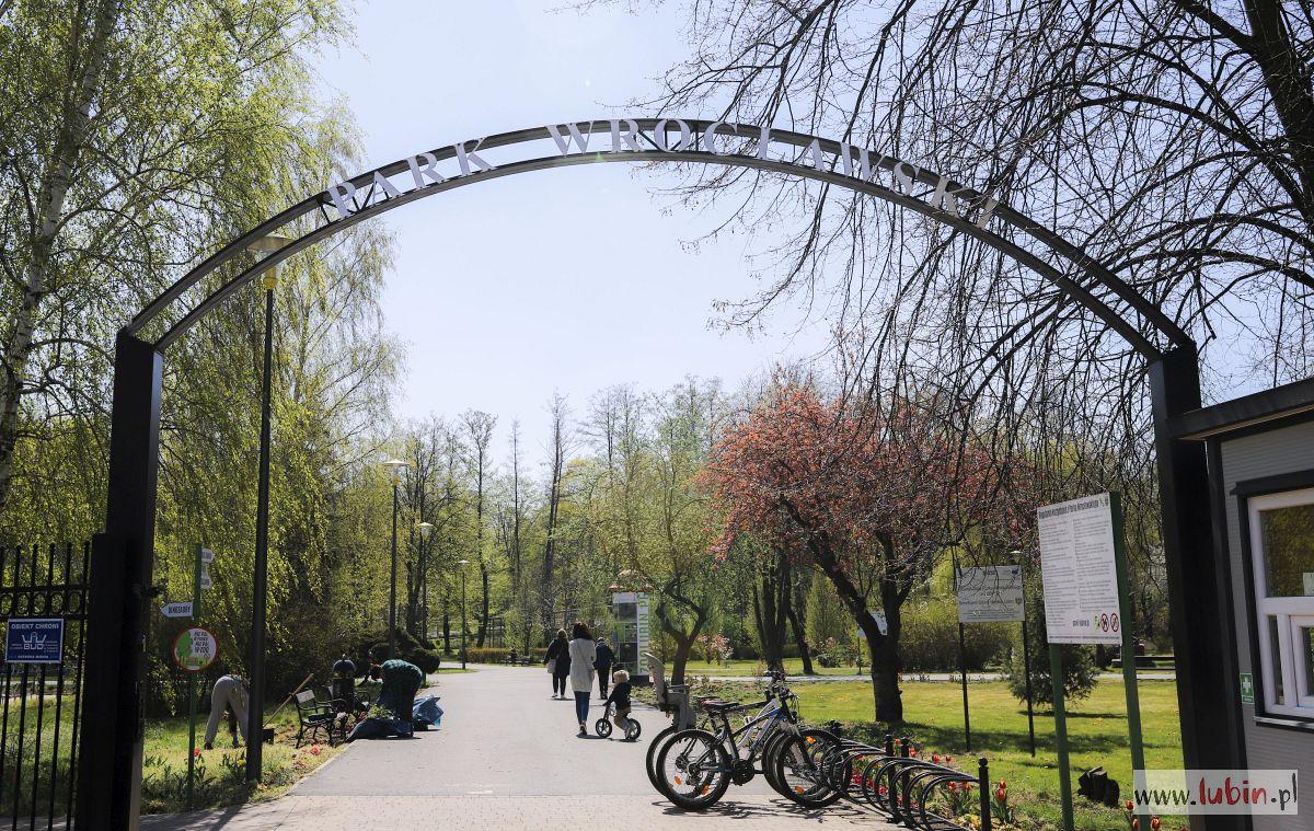 Lubinianie odetchnęli: mogą zabrać dzieci do parku