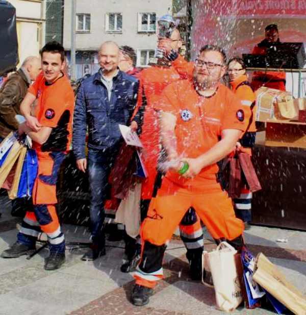 Legniccy ratownicy wygrywają w Złotoryi! (FOTO, WIDEO)