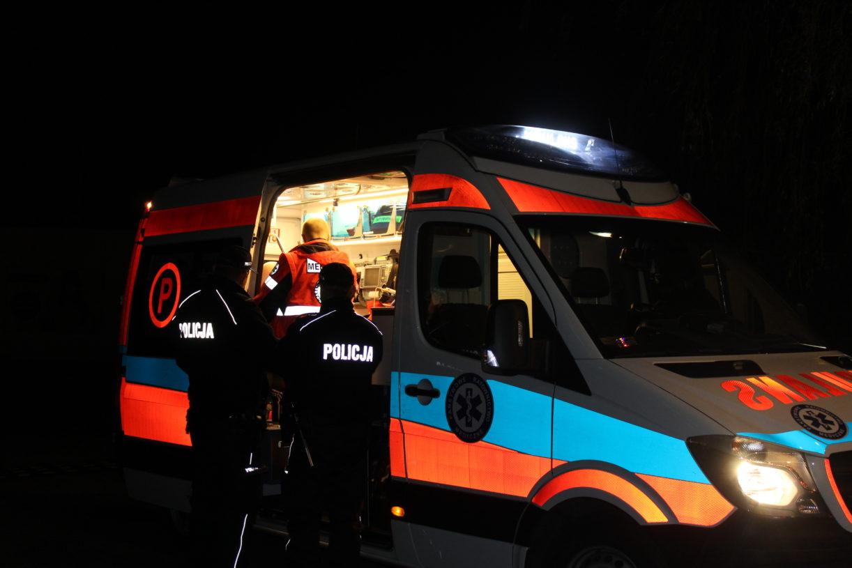 Wypadek autokaru przy S3, za Polkowicami. Jedna osoba nie żyje (FOTO, WIDEO)