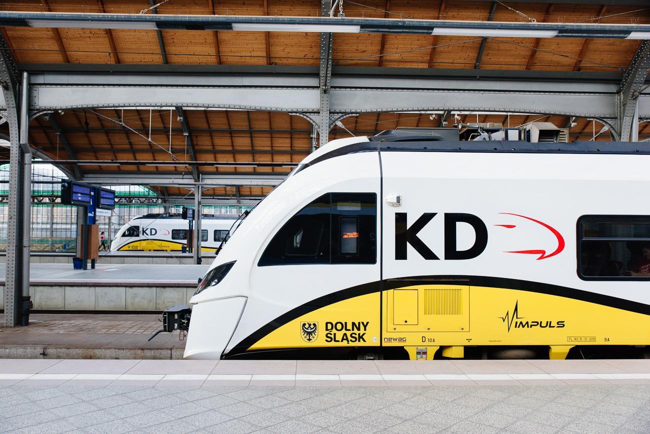 Koleje odwołują kursy do Czech. Województwo chce więcej