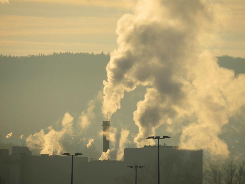 Jakość powietrza w Legnicy zła. Lepiej zostań w domu