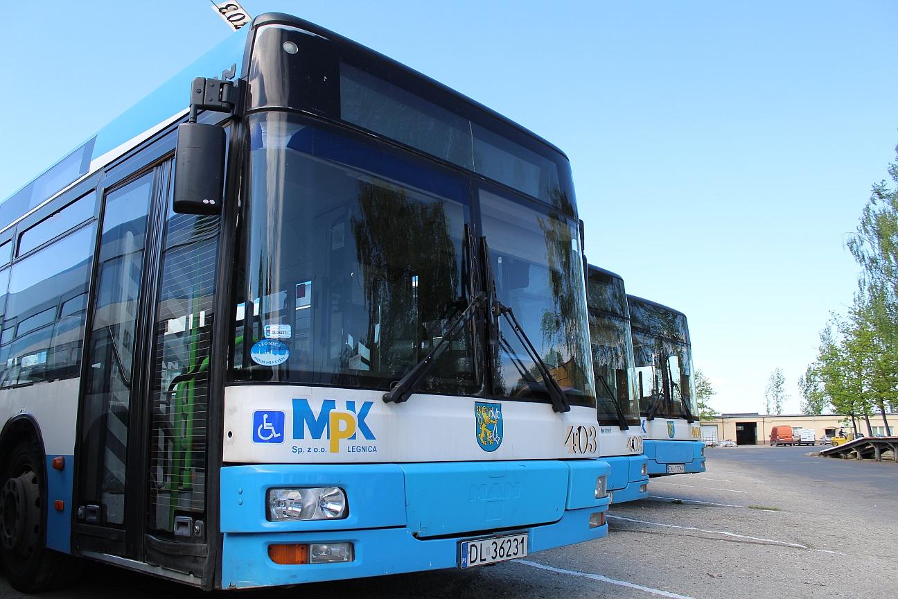Wszystkich Świętych: Rozkład jazdy legnickich autobusów