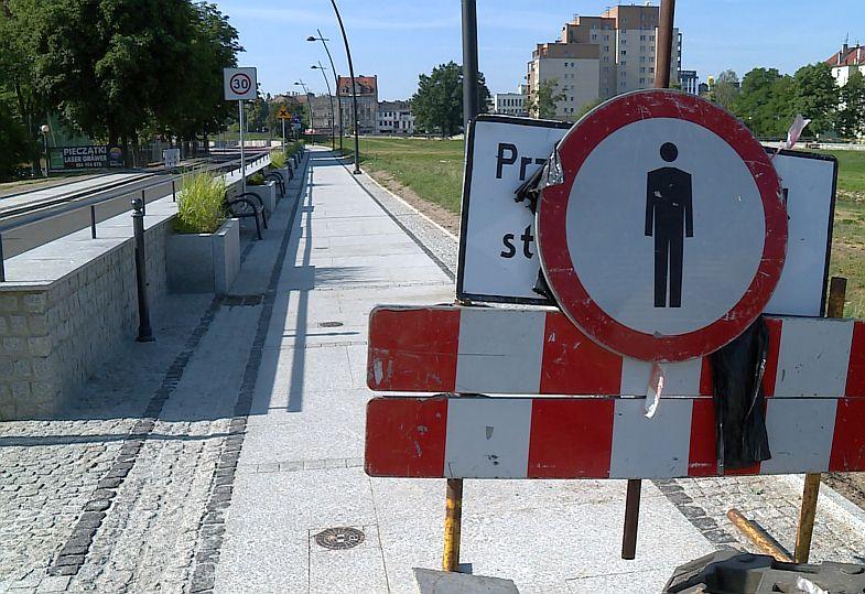Prace zakończone, droga wciąż zamknięta (WIDEO)