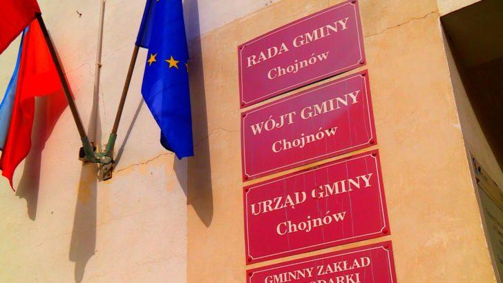Maseczki dla ósmoklasistów z gminy Chojnów