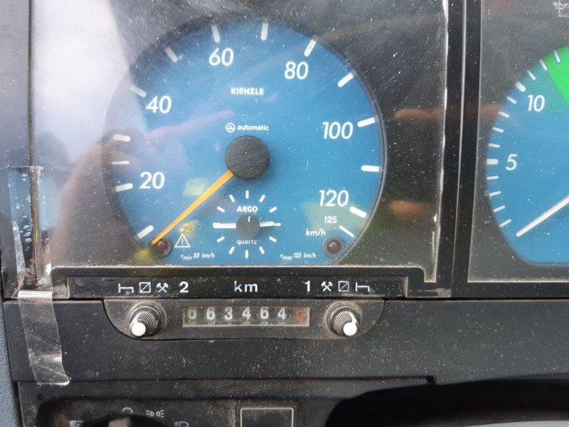 Przekręcony licznik autobusu o ponad 200 tys. km!