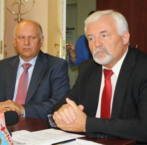 Od lewej: Leszek Hajdacki, Ryszard Zbrzyzny z ZZPPM