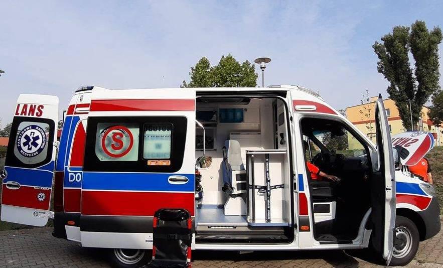 Najnowocześniejszy ambulans w Polsce dojechał do Głogowa