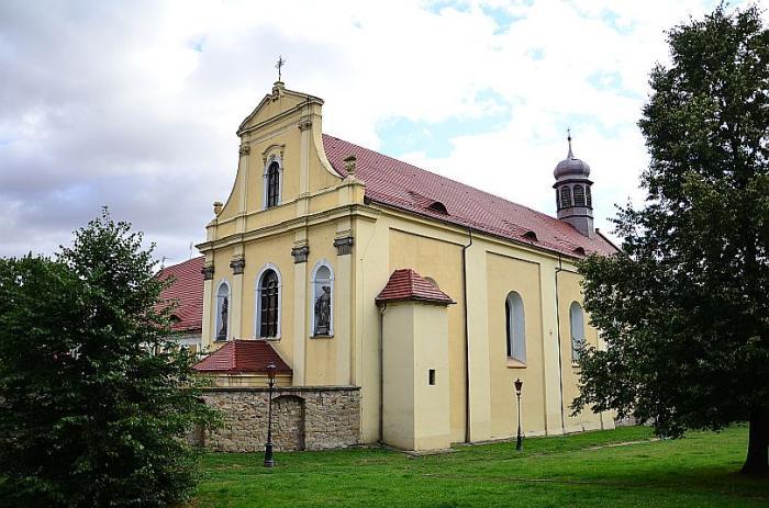 Polacy nie chodzą do kościoła. Nasza diecezja ósma od końca