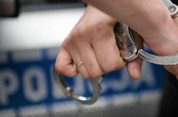 Amatorka perfum w rękach policji (WIDEO)