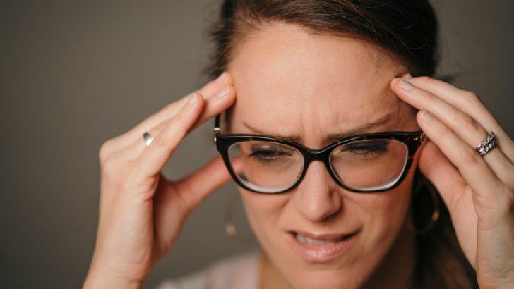 Migrena i jej objawy. Leki na bóle migrenowe w afazji