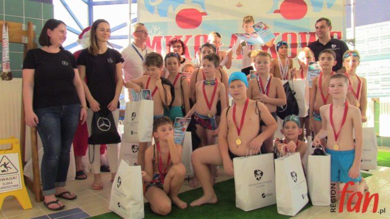 Tłumy młodych pływaków rywalizowały na Słowiance (FOTO, WIDEO)