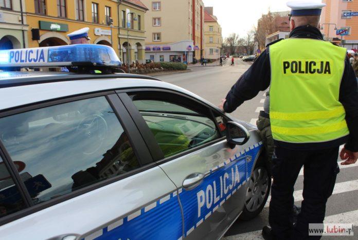 Pijany kierowca pożyczył auto od pijanego kolegi