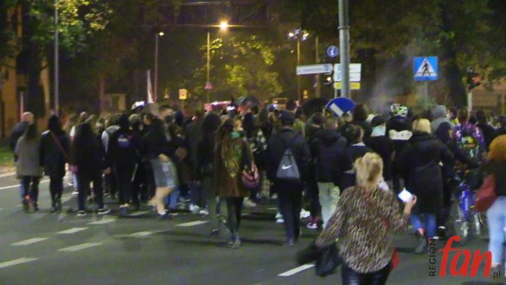 Legniczanki wyszły na ulice (WIDEO)