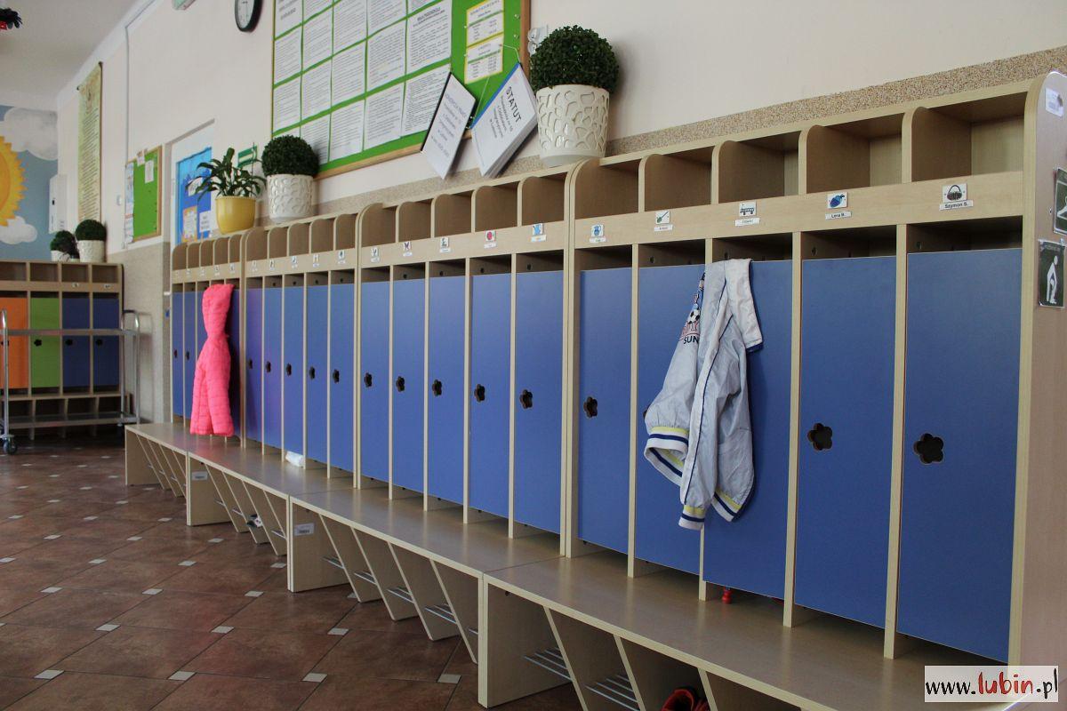 Przedszkola i żłobki znów otwarte. Jak sobie radzą?