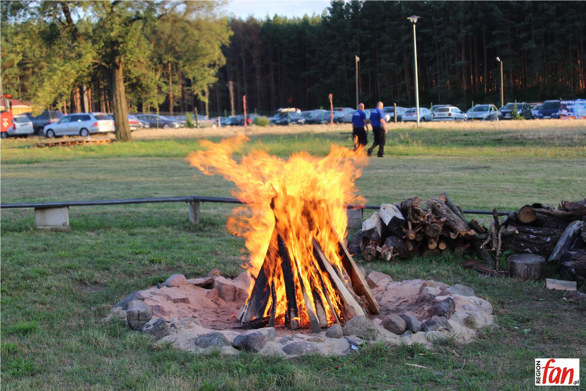 Znów zapłonęła watra (FOTO)