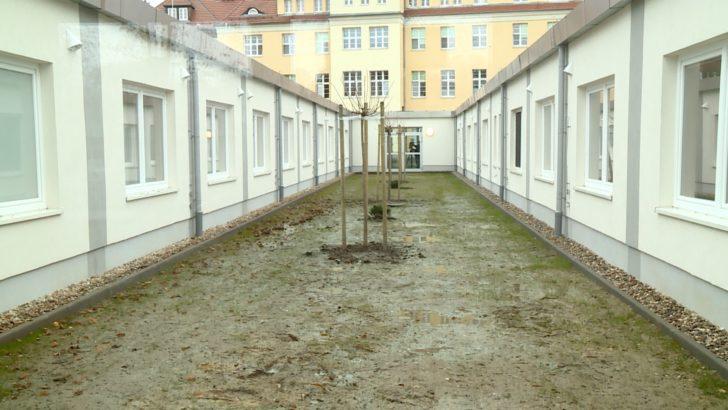 Szpital z kontenerów dla zakażonych koronawirusem (WIDEO)