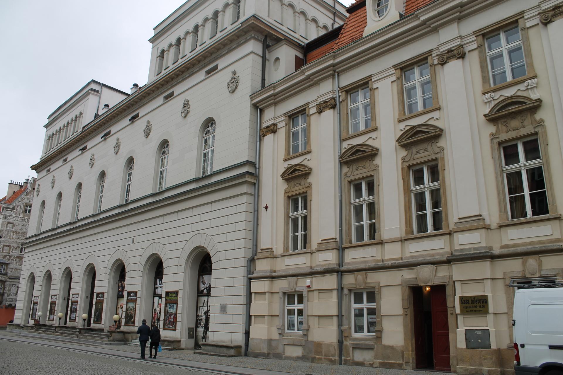 Teatr Modrzejewskiej gra dla Ukraińców
