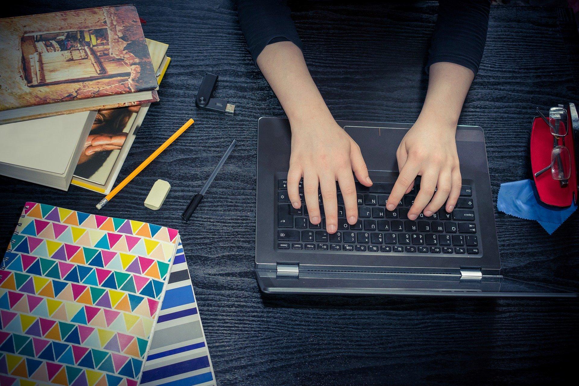 Rekrutacja do szkół ponadpodstawowych w większości przez internet